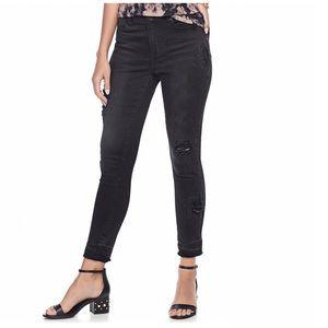 Mudd destructed black skinny jeans jr. 7